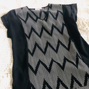 c1c4484a93c555 Faith and Joy short sleeved v-neck top